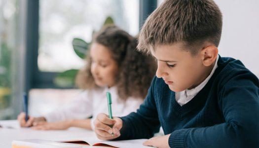 Como lidar com alunos indisciplinados e engajá-los nas atividades escolares?