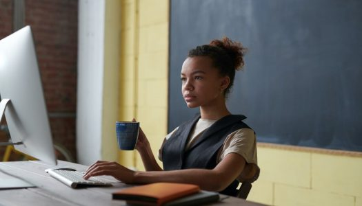 Como a tecnologia pode ajudar na sala de aula?